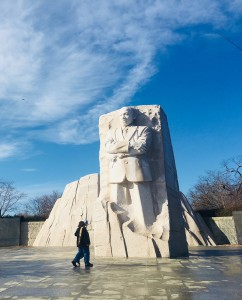 冬のキング牧師の記念碑。